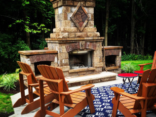 CUSTOM OUTDOOR PROJECTS